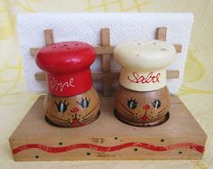 Vintage Mid Century Wooden Squeaker Salt Pepper Napkin Holder Kitten Chefs