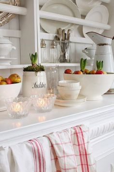 VIBEKE DESIGN: A new favorite .. in red & white!