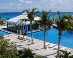 Solymar Beach Resort is a  beautiful #Resort in #Brazil for more visit http://www.hotelurbano.com.br/