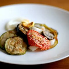 Ratatouille-- I think this is the recipe Ive tried before, but Im not sure. I suppose ratatouille recipes dont vary all that much, though. Vegetable Recipes, Vegetarian Recipes, Cooking Recipes, Healthy Recipes, Healthy Food, Healthy Eating, Enchiladas, Great Recipes, Favorite Recipes