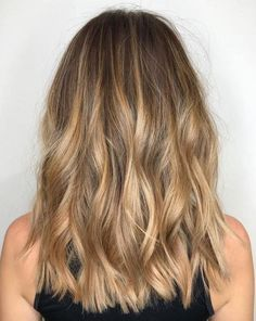 20 Honey Balayage Pictures That Really Inspire to Try Highli.- 20 Honey Balayage Pictures That Really Inspire to Try Highlights Dark Warm Bronde Balayage Hair - Bronde Balayage, Balayage Hair Dark Blonde, Balayage Hair Honey, Honey Hair, Brown Blonde Hair, Hair Color Balayage, Hair Highlights, Black Hair, Blonde Honey