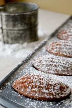 Kitchen Gidget | Vanilla Bean Madeleines. Cookies or cakes?