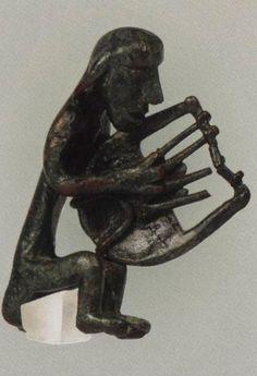 «Ελληνικά Μουσικά Όργανα: Αναζητήσεις σε εικαστικές και γραμματειακές μαρτυρίες (2000 π.Χ.-2000 μ.Χ.)» » Αρχαιολογία Lion Sculpture, Inspire, Statue, Inspiration, Biblical Inspiration, Sculpture, Sculptures, Inhalation