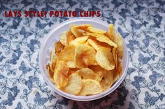 Now who wouldn& want a bagful of potato chips and i wish mine doesn& get over at all . Coconut Chutney, South Indian Food, Chips Recipe, Potato Chips, Indian Food Recipes, Snack Recipes, Potatoes, Homemade, Breakfast