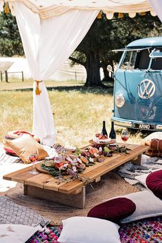 Every boho picnic needs a grazing table filled with fruits, cheese, dips and your favourite Barossa Valley wine. We teamed our platters up with Pressed Pantry who create amazing cheese platters but you can DIY your own. Picnic Party Decorations, Decoration Table, Picnic Parties, Picnic Set, Beach Picnic, Picnic Ideas, Beach Dinner, Picnic Style, Glamping