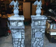 These are instructions on how to build a pair of authentic-looking stone gargoyle columns for Halloween. I usually build something each year for my home's haunted. Homemade Halloween Decorations, Halloween Home Decor, Outdoor Halloween, Halloween Projects, Holidays Halloween, Halloween Crafts, Halloween Stuff, Fairy Halloween Costumes, Couple Halloween