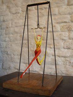 """Silvia De Stoia: Serie """"Circo"""" esculturas en pequeño formato"""