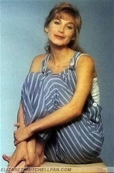 Elizabeth Mitchell, Elisabeth, Types Of Women, Actors & Actresses, Beautiful Women, Celebs, Facebook, People, House