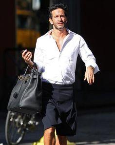 a26a5706ba Marc Jacobs carrying his Hermes Travel Birkin Bag