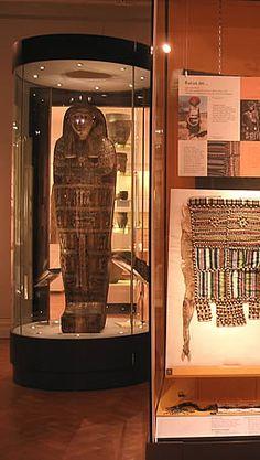 Standing mummy case - craig