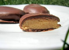 Homemade Reese's Peanut Butter Eggs