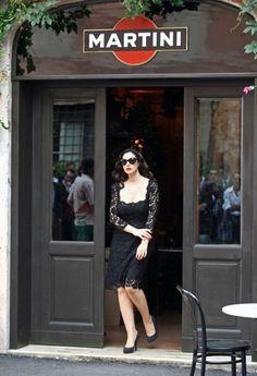 Monica Bellucci y Martini, dos marcas italianas