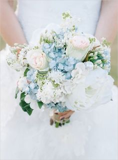 One of our favourite things about this bouquet is all the different sized florals from very large to quite small.