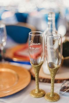 Cocktail hour wedding idea - champagne glasses with gold, glitter stem {Dewitt for Love Photography}