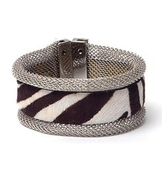 Pulseira de malha com couro de zebra - R$44.90