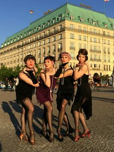 4 of our dancers in front of the Adlon Adlon Swinging Sunday Adlon Swinging Sunday #adlon #hoteladlon #adlonswingingsunday