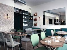 twin passions of healthy food and good restaurants come together in Paris at Café Pinson — Paris Commercial Design, Commercial Interiors, Cafe Restaurant, Restaurant Design, Restaurant Interiors, Cafe Interior, Interior Design, Pub Design, Café Bar