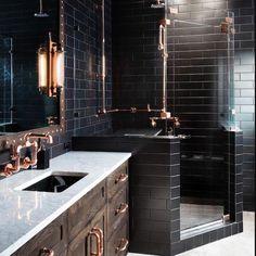 Black Tile Bathrooms, White Subway Tile Bathroom, Subway Tiles, Small Bathrooms, Modern Bathrooms, Dream Bathrooms, Interior Design Minimalist, Modern House Design, Black Tiles