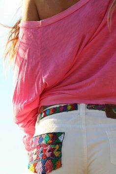 Love this summer outfit. :) And I need these jeans! The pocket detailing is so cute!