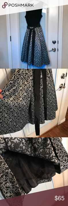 NWOT Cynthia Rowley full-skirted party dress 12 NWOT Cynthia Rowley full-skirted party dress 12.  Built in crinoline so the skirt is full.  Mint. Cynthia Rowley Dresses