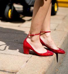 Les chaussures de Dorothy Gale, look de la Fashion Week printemps été 2014 de New York - Cosmopolitan.fr