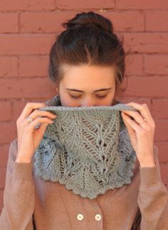 @Lee Semel Olsen, whenever you find the yarn I gave you, this is the cowl pattern I'd like you to use.