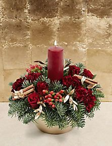 Christmas Flower Arrangements, Candle Arrangements, Christmas Table Centerpieces, Christmas Greenery, Christmas Flowers, Christmas Candles, Outdoor Christmas Decorations, Christmas Wreaths, Christmas Crafts