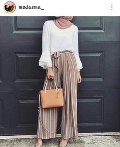 Muslim Fashion 384987468149783719 - Ideas For Fashion Hipster Summer Outfits Source by annaisjeanne Hijab Fashion Summer, Modest Fashion Hijab, Modern Hijab Fashion, Street Hijab Fashion, Islamic Fashion, Muslim Fashion, Style Fashion, Fashion Outfits, Fashion Ideas