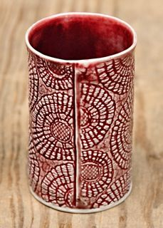 Gorgeous Red + great texture --- Wonderful combination makes this simple cup eye candy.