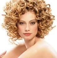 peinados con pelo rizado faciles de hacer - Buscar con Google