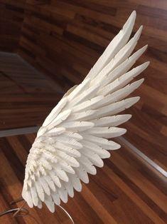 Foto 10 55 43 Paper wing by artist Nolvenn Le Goff Angel Wings Painting, Angel Wings Drawing, Diy Angel Wings, Diy Wings, La Santa Muerte Tattoo, Diy Angels, Wings Design, Feather Tattoos, Art Tips