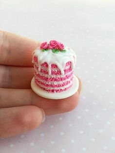 20 Loose Pink Biscuit with Cream Filling Dollhouse Miniatures Food Bakery Supply