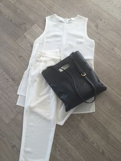 Pants and top  Black/offwhite ❤️