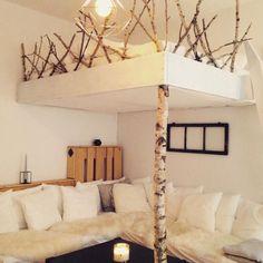 Gemütliches DIY-Hochbett. #Schlafzimmer #Einrichtung #Einrichtungsidee #DIY #Bett #Hochbett #bedroom #interior #homeinterior #diyfurniture #diybed #homedecor