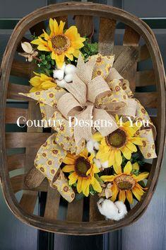 Tobacco Basket, Tobacco Basket Arrangement, Tobacco Basket for Front Door, Wreath Summertime, Tobacc Burlap Flower Wreaths, Sunflower Wreaths, Deco Mesh Wreaths, Fall Wreaths, Country Wreaths, Rustic Wreaths, Outdoor Wreaths, Floral Wreaths, Grapevine Wreath