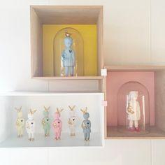 Mint interiors | design studio. Muuto Mini Stacked shelves, Porcelain Clonette dolls by Lammers en Lammers. #clonetteinacloche