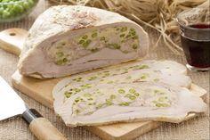 La cima alla genovese è una tipica ricetta ligure, molto conosciuta ed apprezzata, a base di carne di vitello e verdure.
