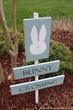 Bunny Crossing Sign from Fence Pickets | Confessions of a Serial Do-it-Yourselfer