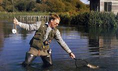 Am #Kalkbach Forellen #Angeln, an Englands klaren Kalkbächen.  Englands klare Kalkbäche sind absolute Traumreviere. Wer dorthin eine Angelreise machen kann und Am Kalkbach #Forellen Angeln ist ein Glückspilz.  http://www.angelstunde.de/am-kalkbach-forellen-angeln/