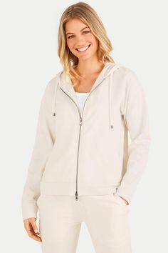 Juvia Damen Sweatjacke mit Kapuze Beige | SAILERstyle Loungewear, Hooded Jacket, Athletic, Jackets, Fashion, Cotton, Women's, Nice Asses, Jacket With Hoodie