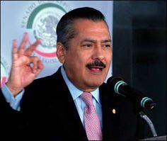 Congreso va por Reforma Economica que Genere Empleo:   @MFBeltrones.    http://www.eluniversal.com.mx/notas/894036.html