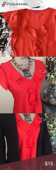 Women's blouse-Sunny Leigh Sunny Leigh 100% polyester top with cap sleeves, color is a vibrant orangey red, the first and last pictures are close to true color, NWOT, this top is great for the office, pairs great with black blazer, would also look great with beige or white linen pants Sunny Leigh Tops Blouses