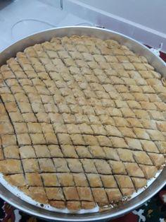 Çıtır Çıtır El Açması Cevizli Baklava Pie, Desserts, Food, Torte, Tailgate Desserts, Cake, Deserts, Fruit Flan, Pies