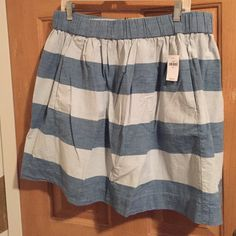 Gap Chambray and White Striped Skirt Cute elastic waist chambray and white skirt with pockets! Sits right above the knee. NWT. GAP Skirts Mini