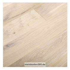 Eiche Dijon Das Parkett ist ein 3-Schicht Fertigparkett als Landhausdiele in der Holzart europäische Eiche. Die rustikale Oberfläche der Diele wurde zusätzlich gebürstet, um mehr Tiefenwirkung zu erhalten. Zudem ist sie weiß extrem matt lackiert und gekälkt, wodurch die Holzstruktur besonders in weiß hervorgehoben wird. Das Parkett hat eine Nutzschicht mit einer Stärke von ca. 3,4 mm und eine umlaufende Mikrofase.