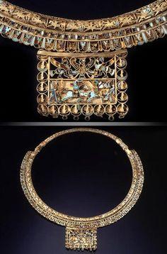 جواهرات عهد هخامنشیان  The Finest Necklace Of Achaemenid Era  Materials:Gold,Turquoise,Azure,Agate stone