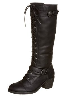 I might have a pair that looks a bit like these already, but oh my. I'm in love, again.