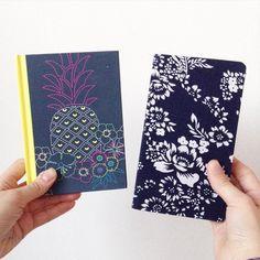 Mes deux super-carnets offert par mes deux super-amies pour mon birthday !  Je les aimes tellement !  #carnets #birthday #ananas #tropical #flowers #cadeau by bricolaure