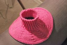 Neck Warmer, Baby Shoes, Beanie, Knitted Hats, Koti, Knitting, Clothes, How To Wear, Crafts