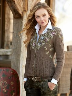 triest sweater - what's new - women - Gorsuch Fair Isle Knitting, Hand Knitting, Wool Embroidery, Flower Embroidery, Embroidered Clothes, Pulls, Knit Cardigan, Knitwear, Knitting Patterns